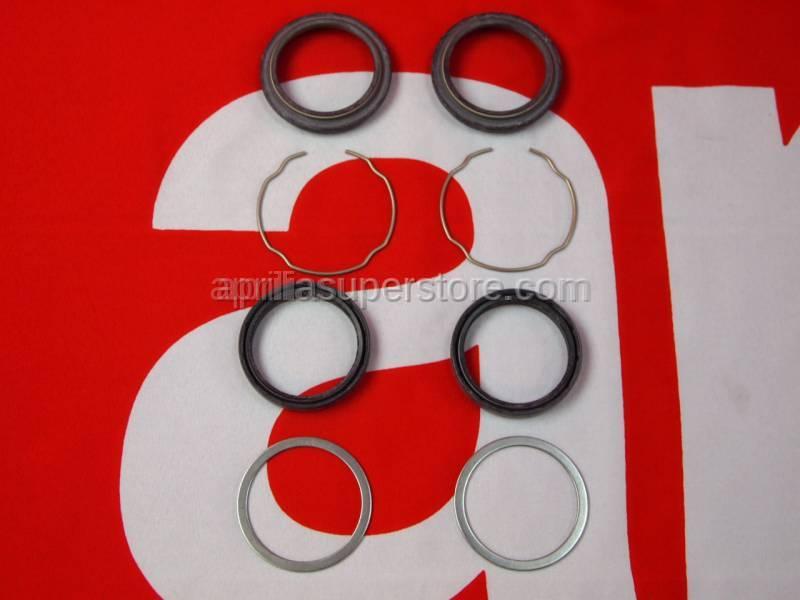 Aprilia - Dust cover+oil seal kit