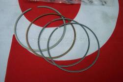 Engine - Cylinder With Piston - Aprilia - Piston rings set D76