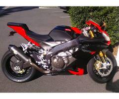 RSV4 1000 - Bodywork, Saddles, Windscreens - TechSpec - C3 TANK GRIP PADS - BLACK